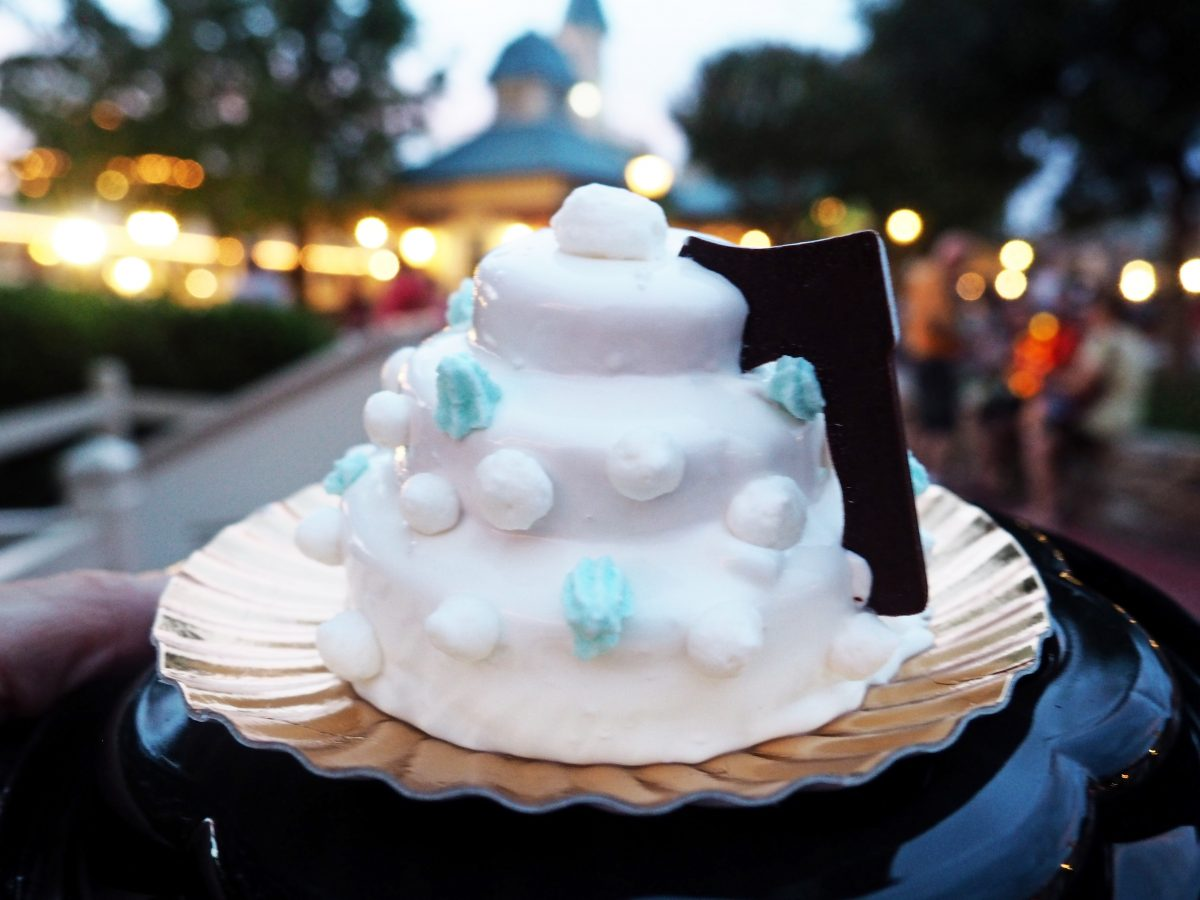 Disney Snacks for Fall and Halloween at Disney World 2020