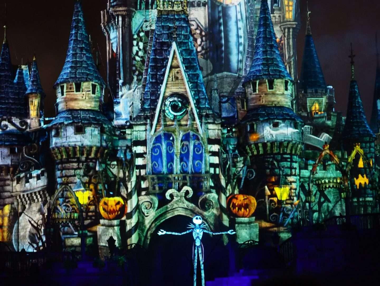 no so spooky spectacular disney halloween fireworks
