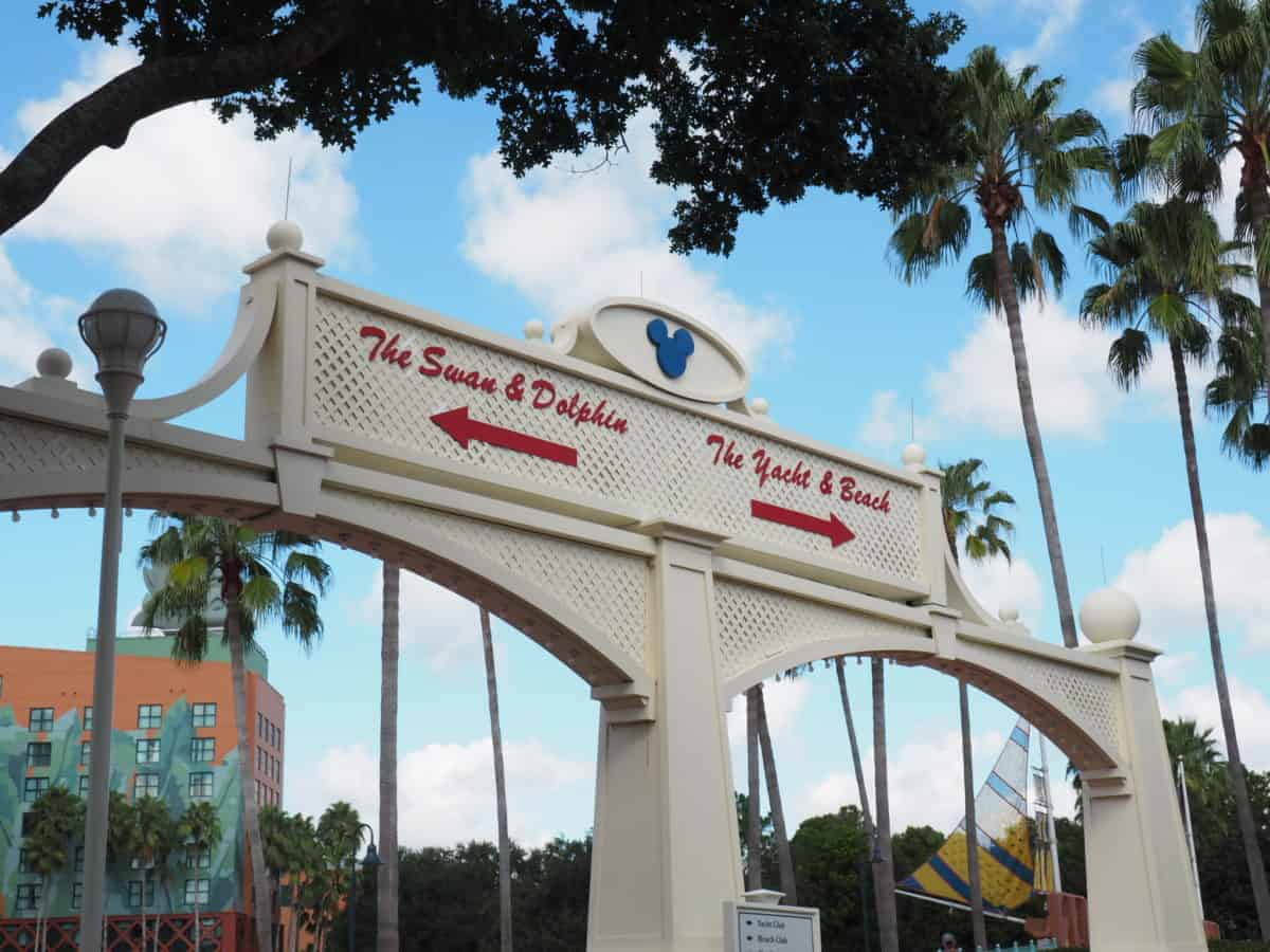 walking from hollywood studios to epcot, disney walking path, disney hacks, wdw hacks, walt disney world walking path epcot