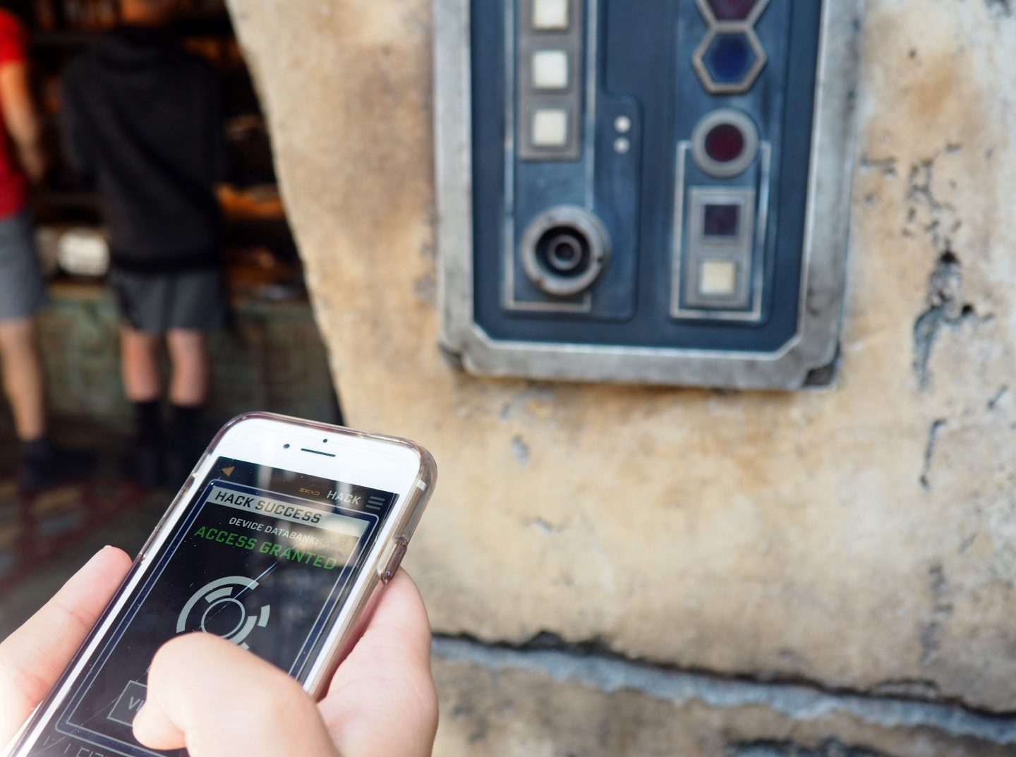 Star Wars Galaxy's Edge game in the disney Play app