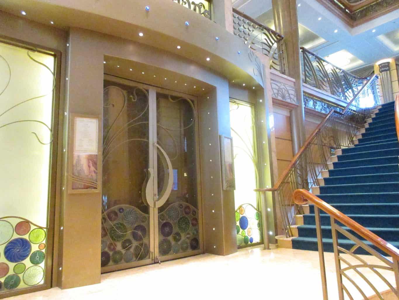 polkadotsandpixiedust.com disney cruise line foyer