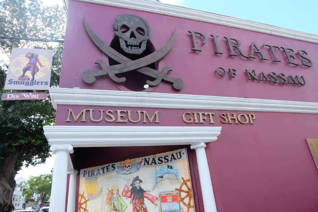 polkdotsandpixiedust.com nassau pirate museum