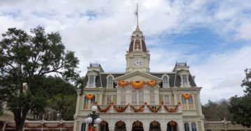 Walt Disney World Checklists for All 4 Disney Parks
