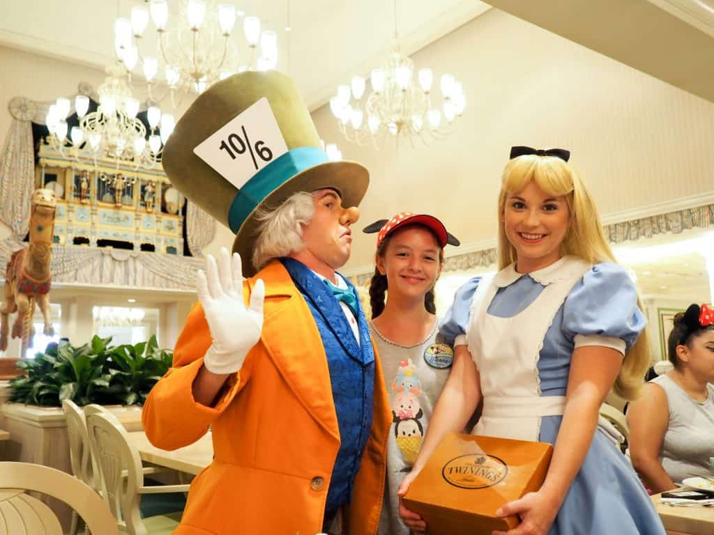1900 park fare character breakfast at Grand Floridian