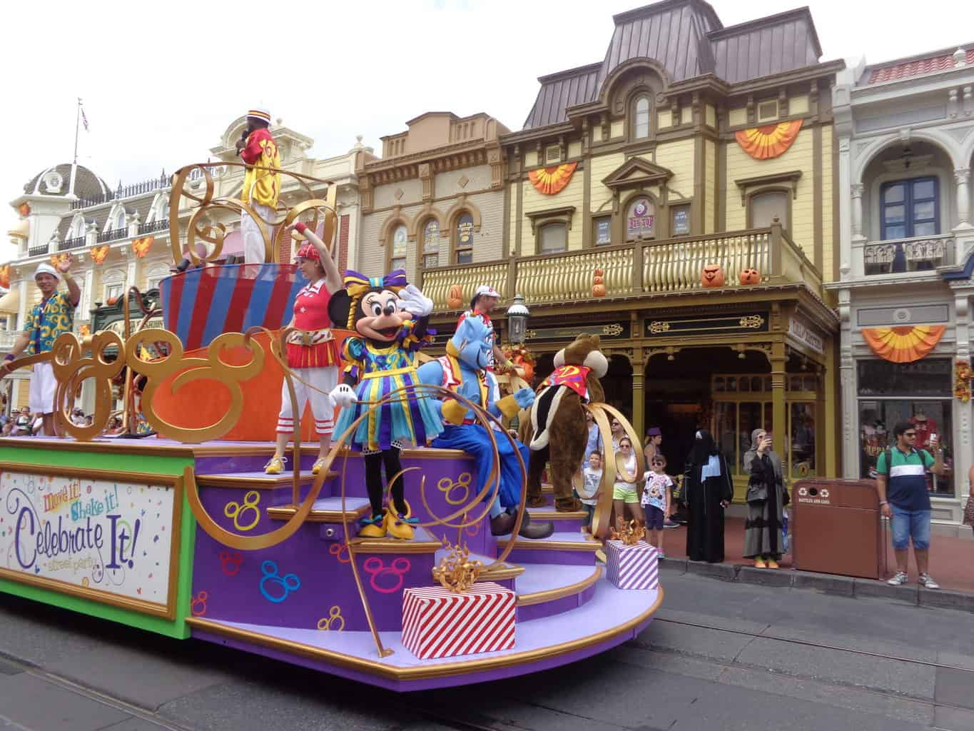 13 Helpful Tips for Enjoying Your Disney Vacation 2020