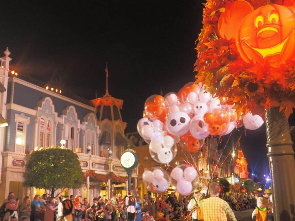 mickey's not so scary halloween party: a guide - polka dots and
