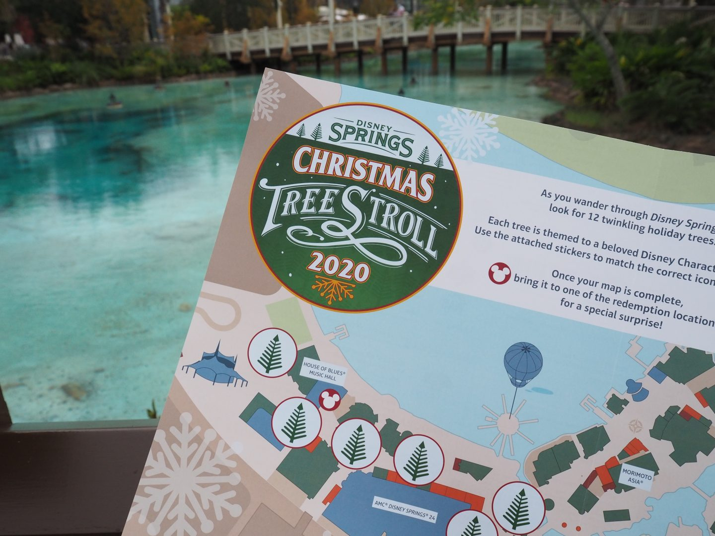 Disney Springs Christmas Stroll Game