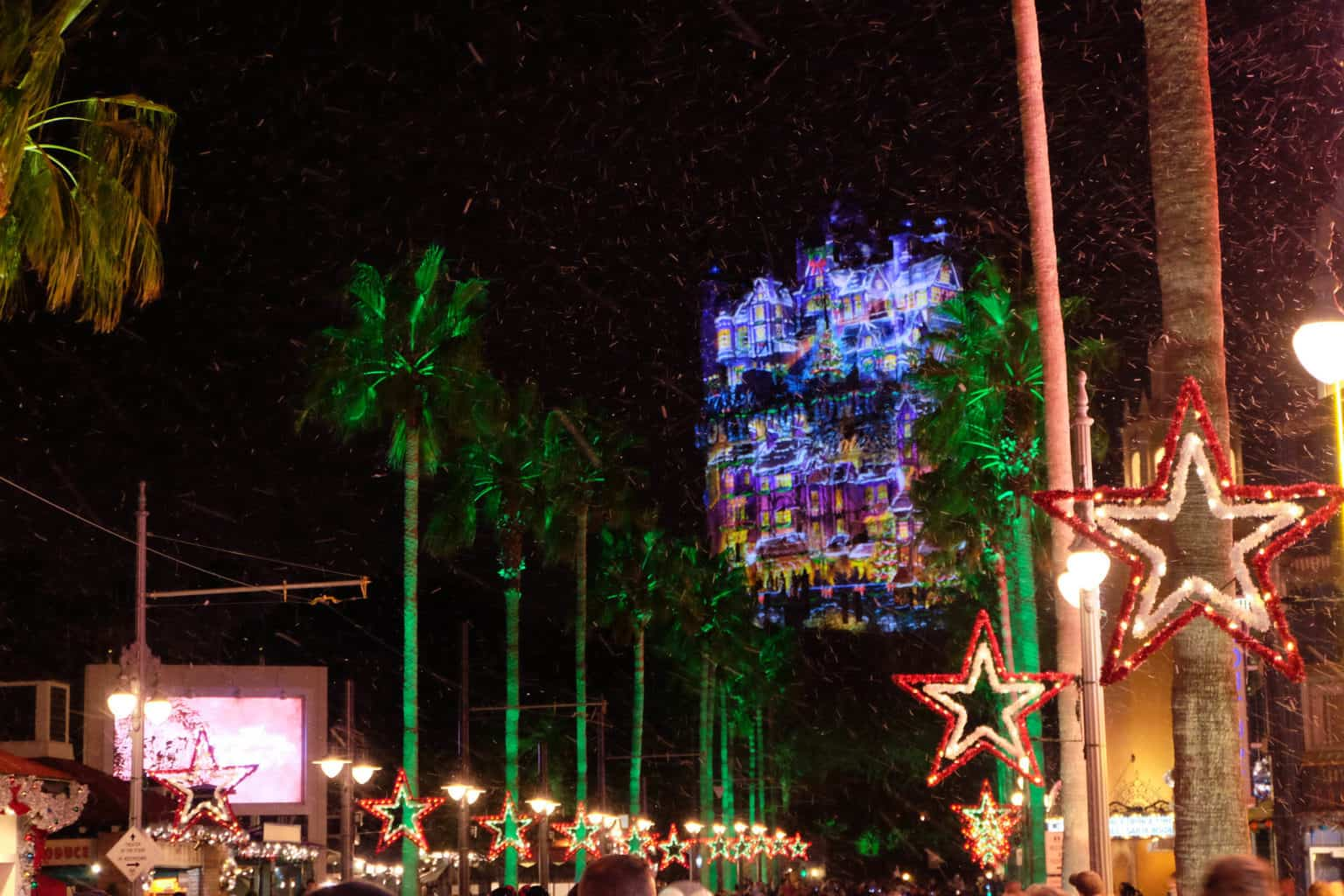 Holidays at Walt Disney World: Festive Free Fun