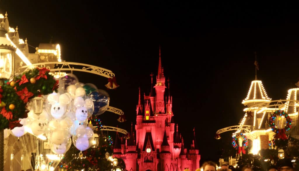 christmas at disney magic kingdom
