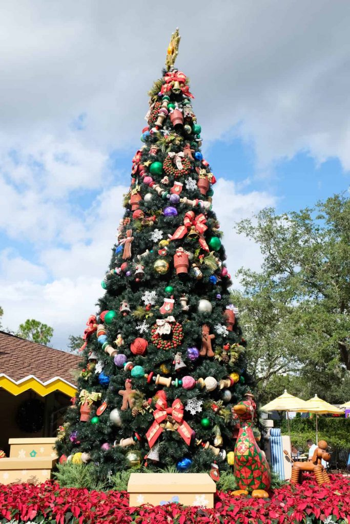 the christmas tree trail is made up of a total of 25 different themed trees you can enter the trail near earl of sandwich basically on what i think of as