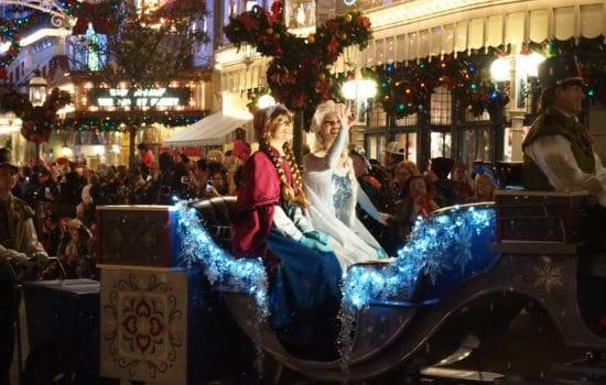 Disney Christmas Parade: A Photo Tour