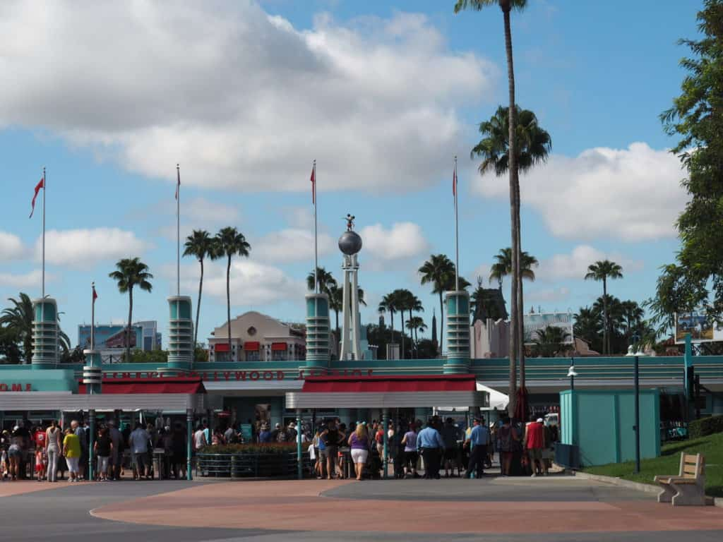 hollywood studios opening gate