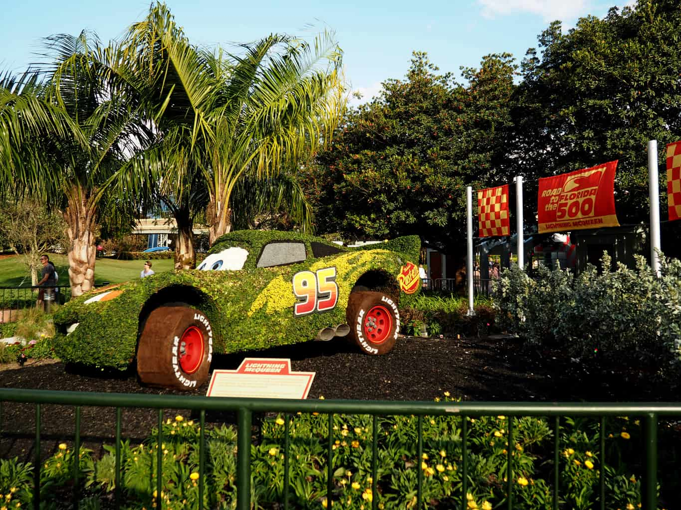 How to Avoid Parking Fees at Walt Disney World