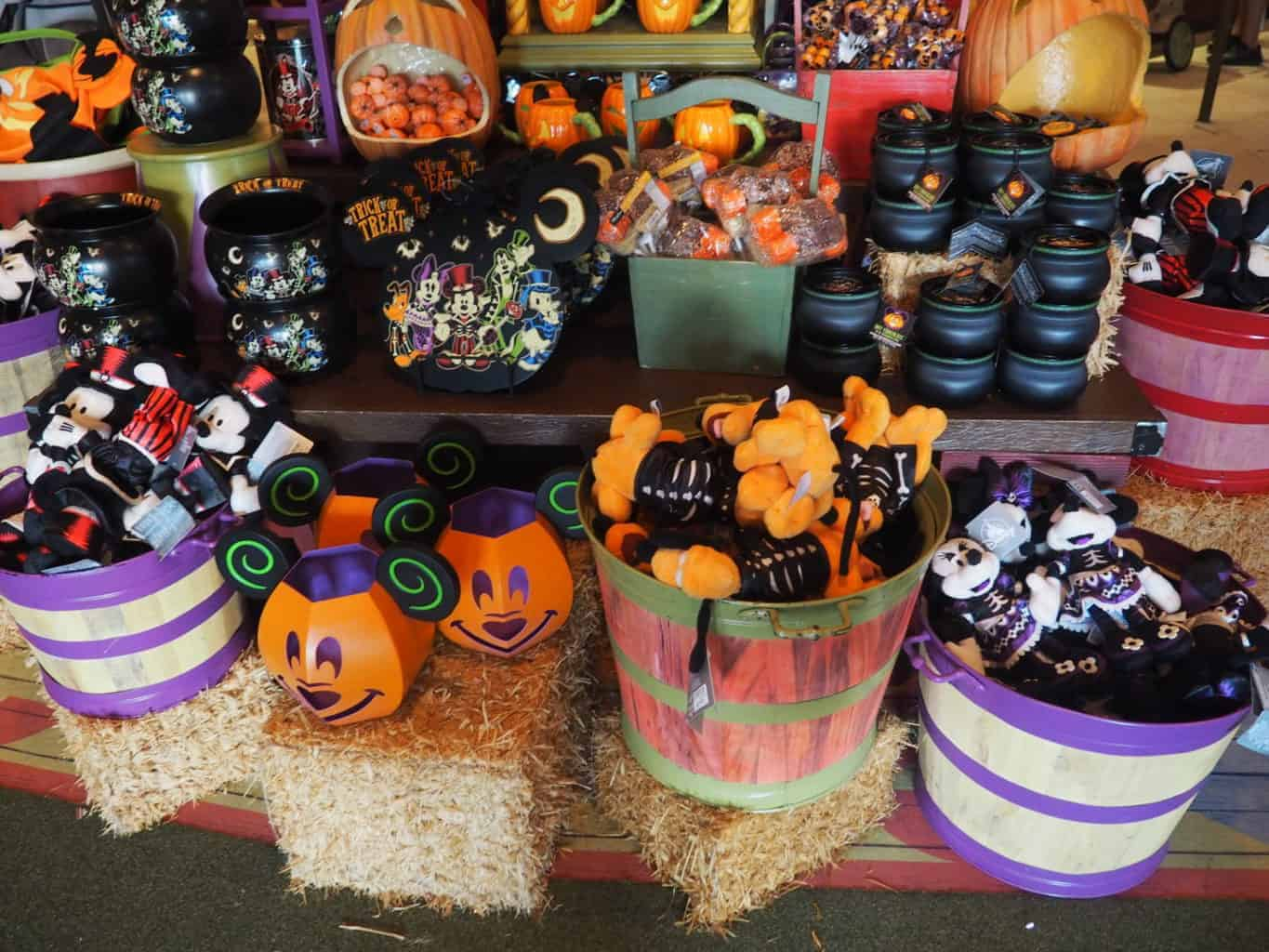 Disney Cruise Line Halloween Merchandise.Halloween At Walt Disney World A Beginners Guide Polka Dots And