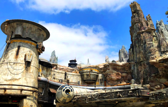 Star Wars Galaxy's Edge: A Quick Guide to Star Wars Land at Disney