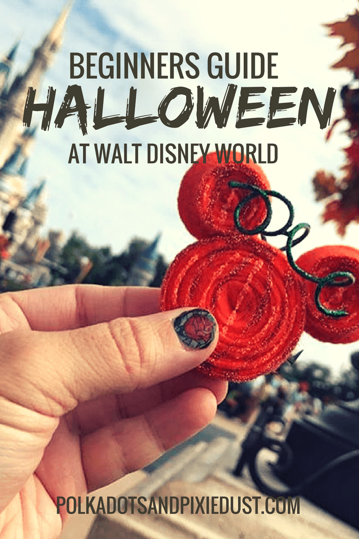 A beginners guide to Halloween at walt disney world #halloweenatdisney #disneyworldhalloweenparty #disneyinthefall