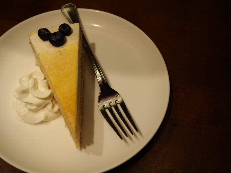 tokyo dining at disney desserts