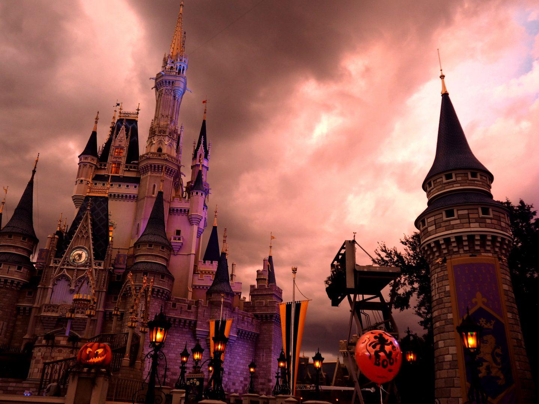 mickeys not so scary halloween party cinderellas castle