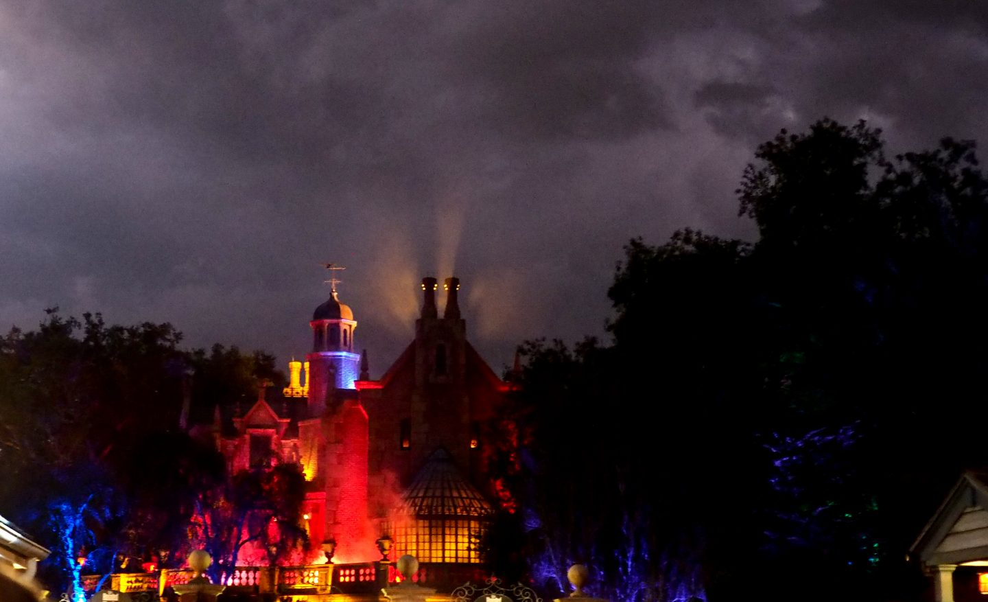 Haunted mansion at mickey's not so scary halloween party