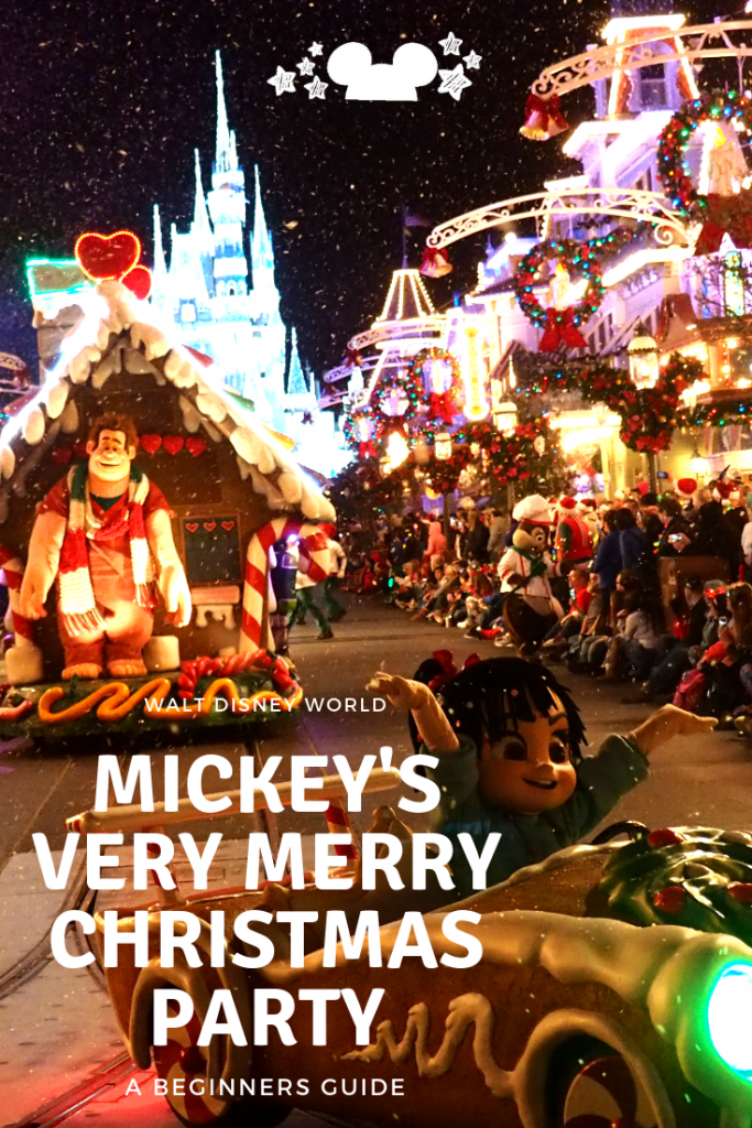 Mickey's Very Merry Christmas PArty A beginners Guide to the snacks, shows, food at Disney at Christmas #disneyatchristmas #disneyparty #mvmcp
