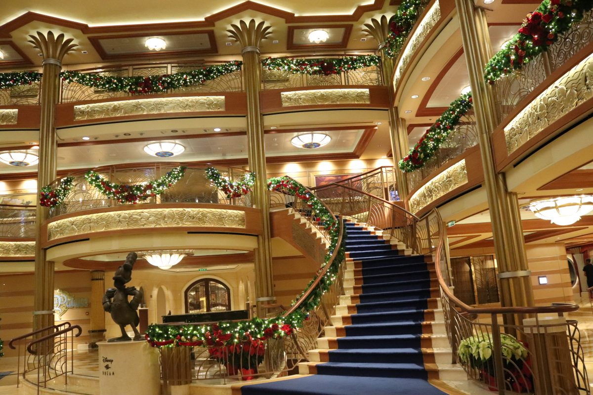 Disney Very Merrytime Disney Christmas Cruise 5 Must Dos