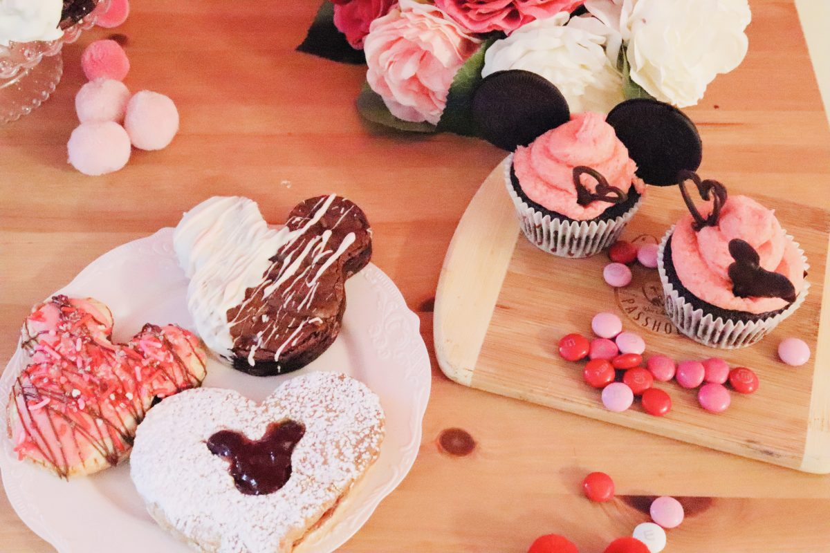 Valentine's Day Brownies, how to make mickey shaped desserts at home, disney at home, mickey shaped treats