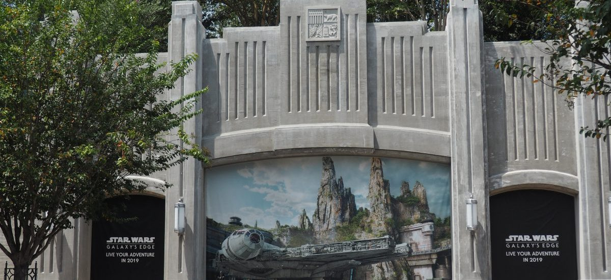 Disneyland's Star Wars Galaxy's Edge Reservations and Deals