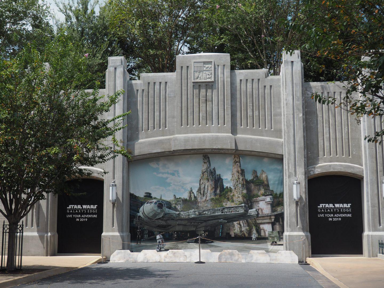 Disneyland's Star Wars Galaxy's Edge Reservations
