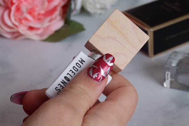 Disney nails at home, disney DIY, disney home, disney at home, alice in wonderland nails, disney alice in wonderland, disney style