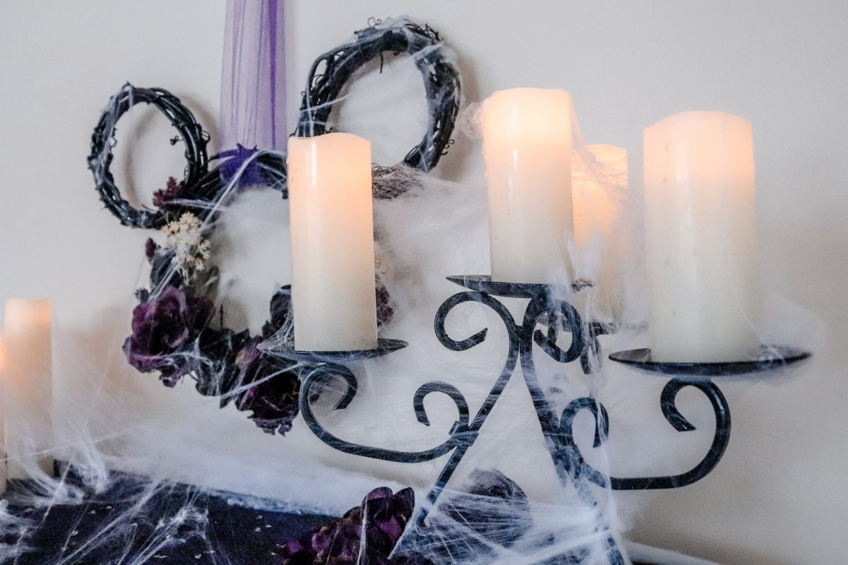 Haunted Mansion mantle, haunted mansion decor, disney decor, disney at home, disney fall decor, disney halloween