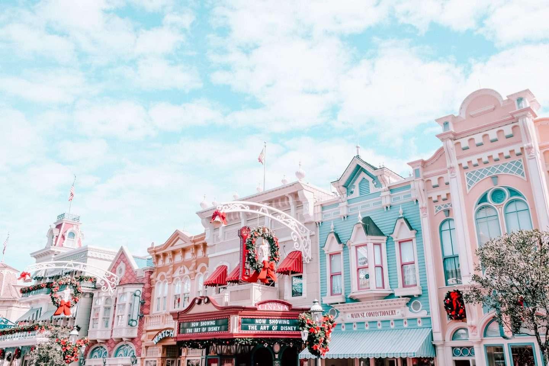 Walt Disney World Christmas, disney holidays, disney scavenger hunt, disney holidays
