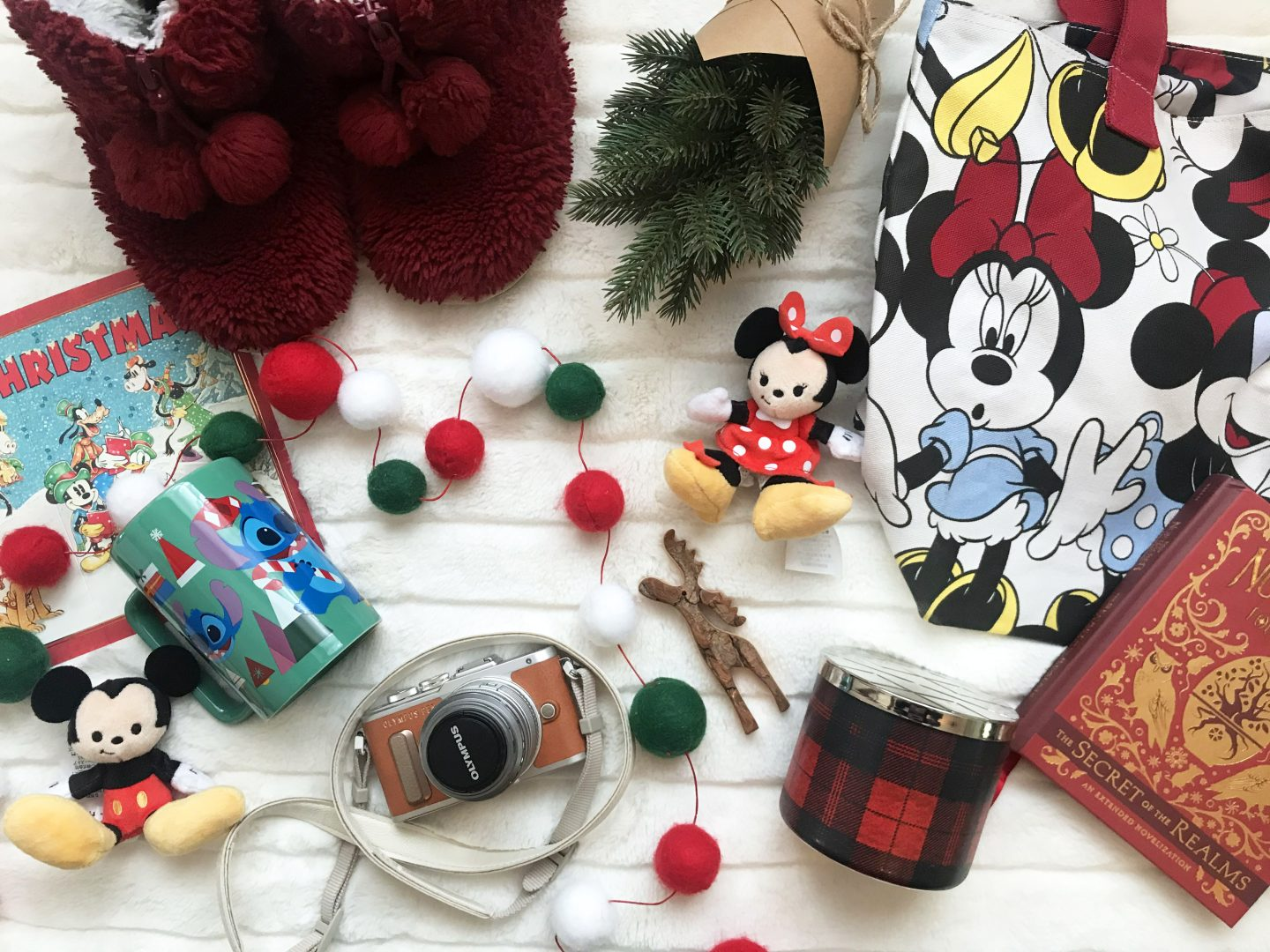 Last Minute Christmas Gifts for Disney Fans