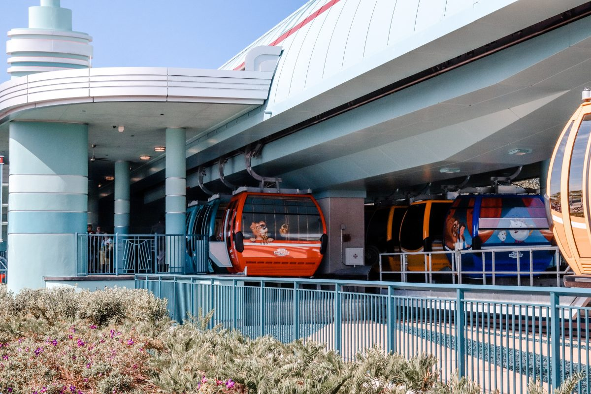 Hollywood Studios Gondola Station