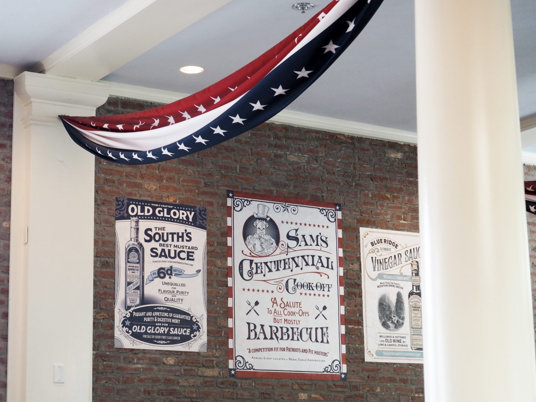 Regal Eagle Smokehouse House