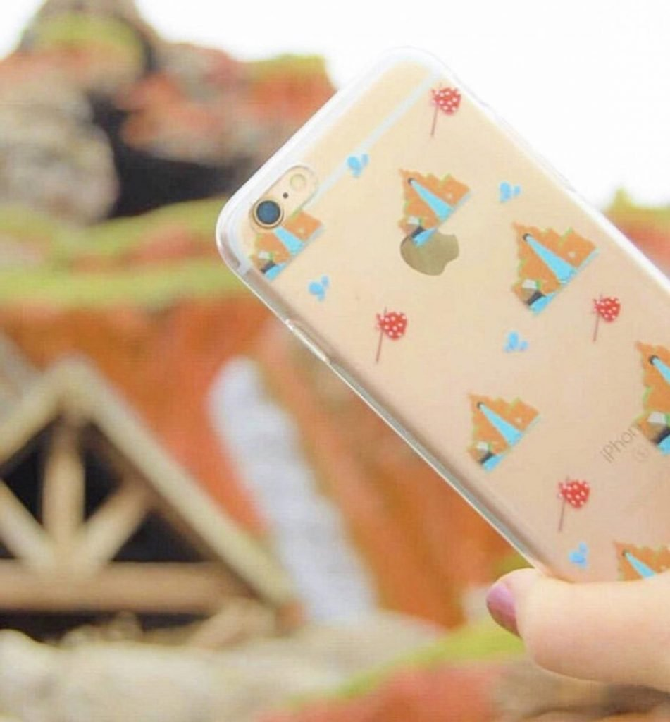 Splash Mountain Phone Case