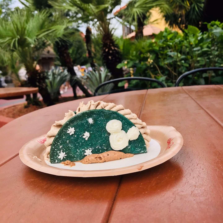 taco treat at Pecos Bill Magic Kingdom