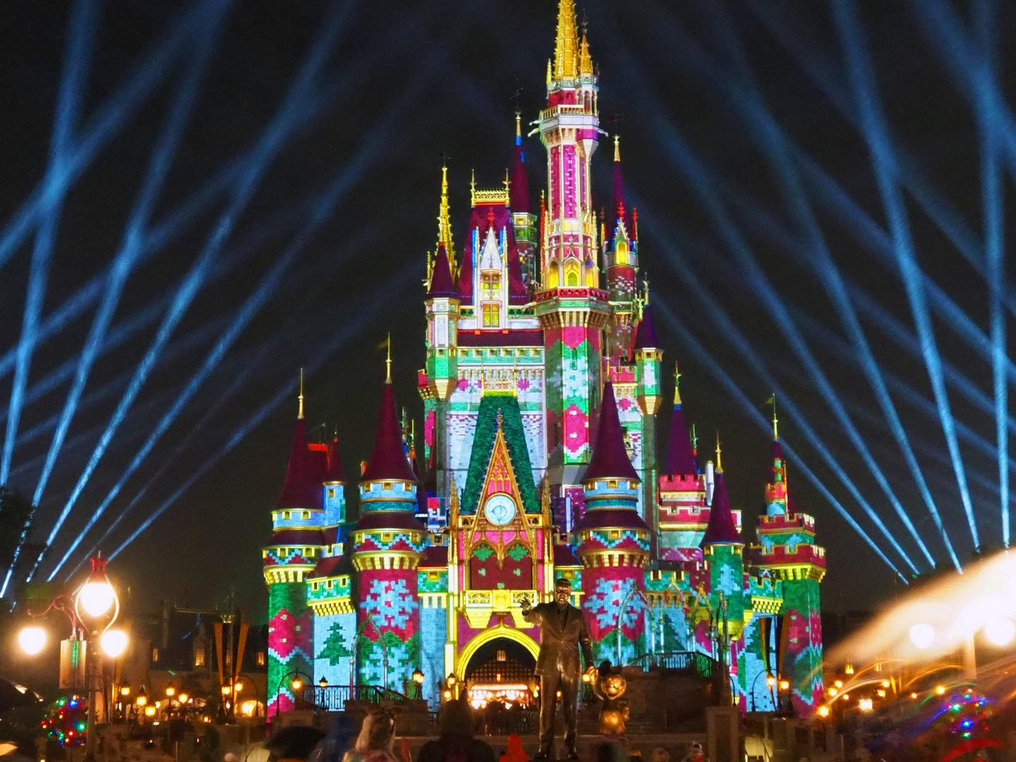 Disney Christmas Castle Projection Show 2020