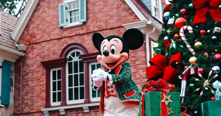 Disney Character Christmas Cavalcades at Disney World
