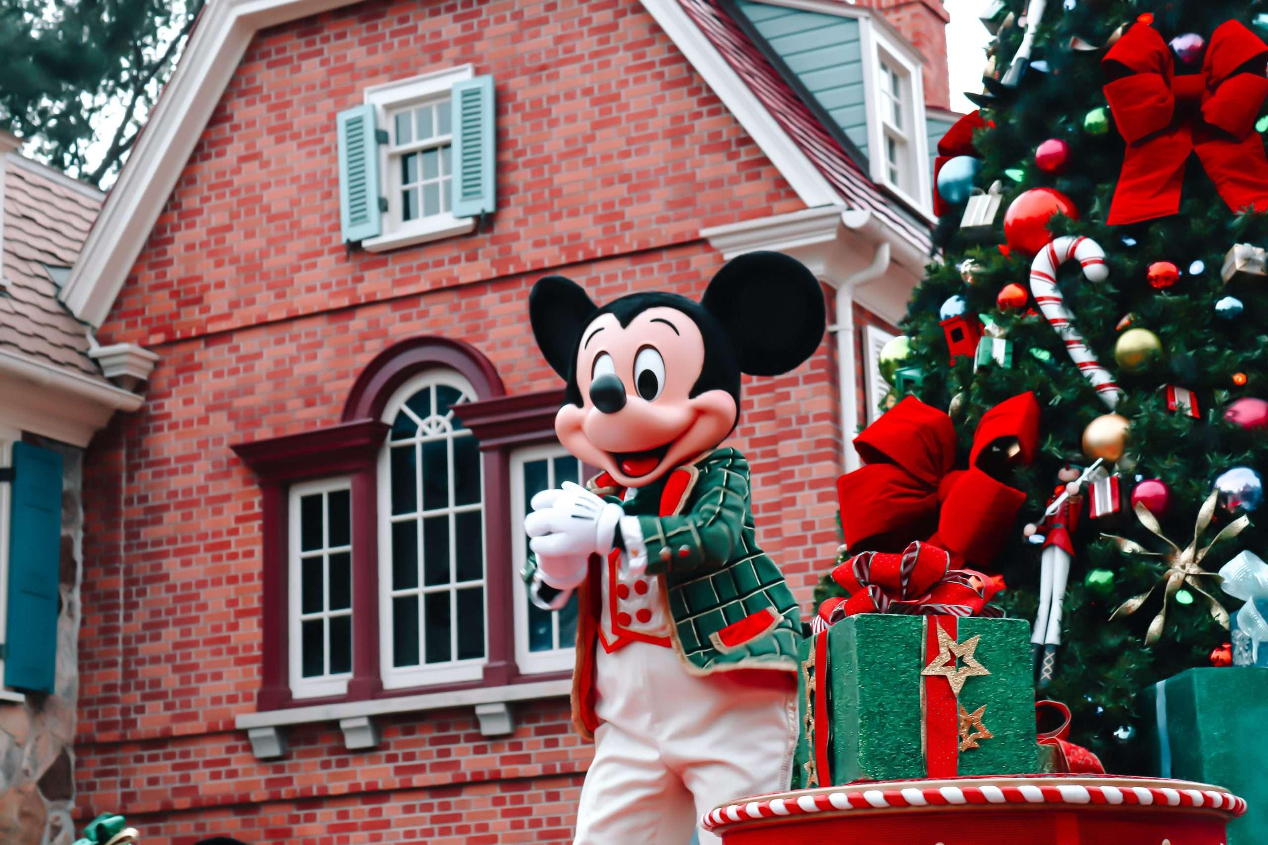 Disney Character Christmas Cavalcades at Disney World