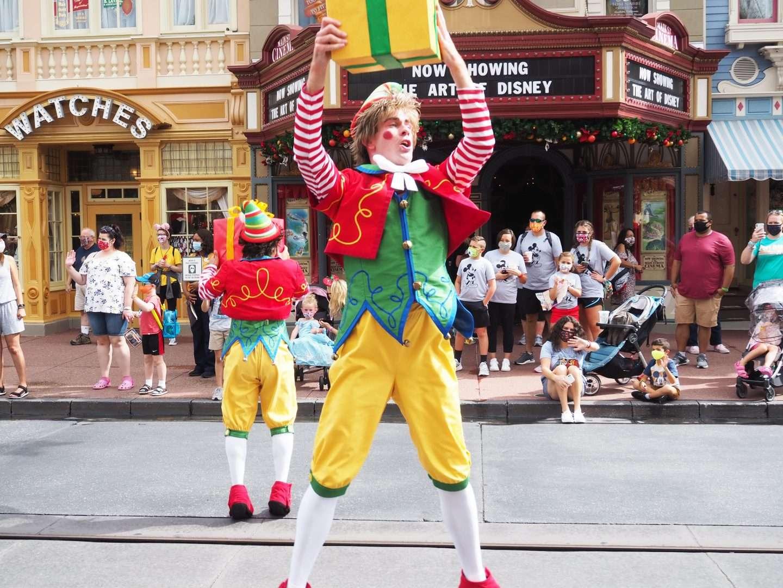 Christmas Cavalcades at Disney