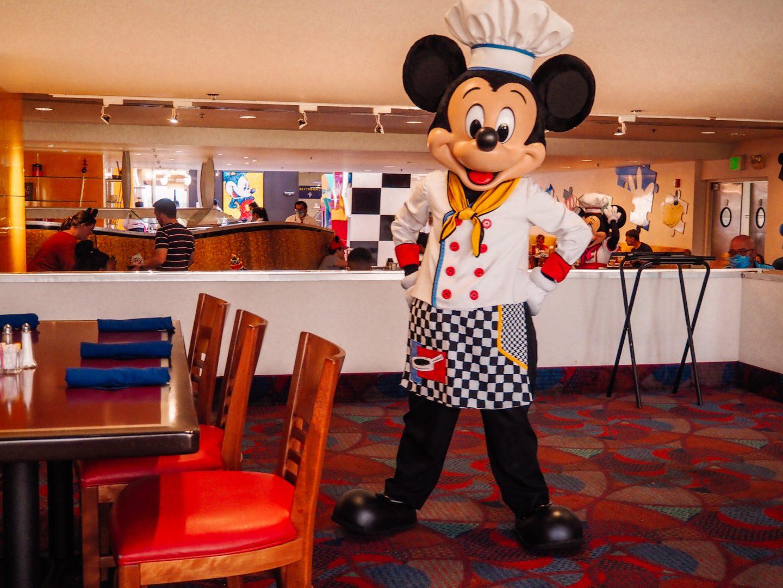 Chef Mickey's Characters at Walt Disney World