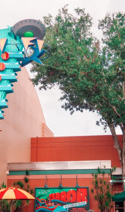Sci-Fi Dine-In Theater Restaurant Review Hollywood Studios
